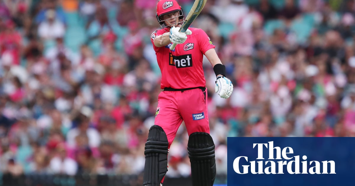 Steve Smith shades Aaron Finch as Sydney Sixers claim Big Bash victory