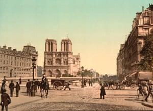 Notre Dame c.1900 … enough to make Pugin faint.