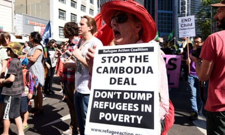 Demonstrators protest about the Cambodia deal in Sydney in 2014.