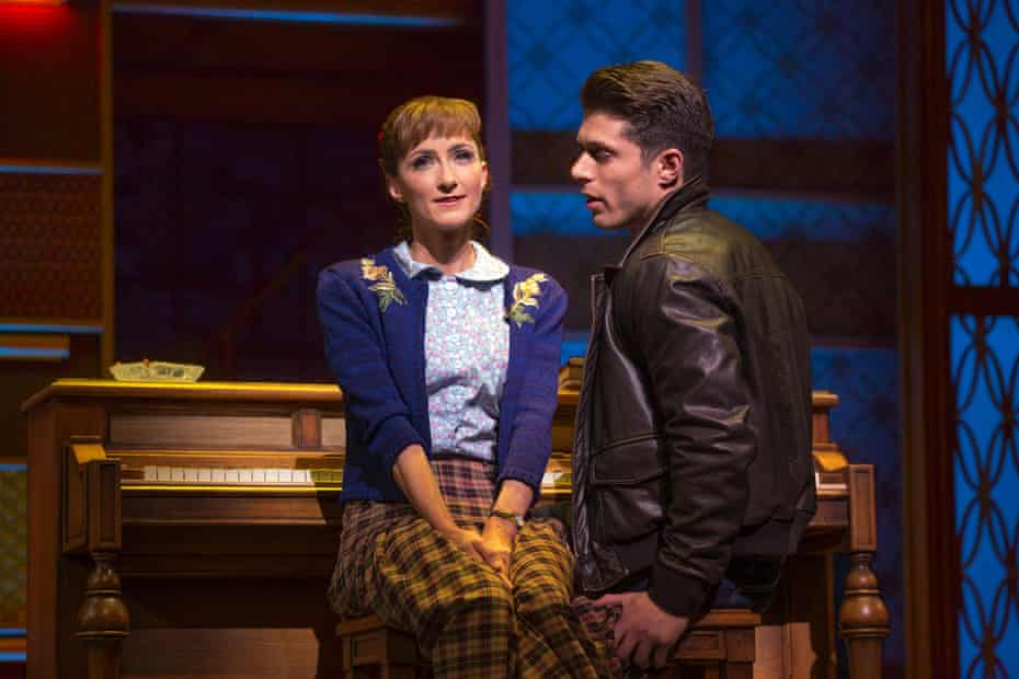 Esther Hannaford (as Carole King) and Josh Piterman (Gerry Goffin) in the Australian production of Beautiful: The Carole King Musical