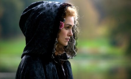 Keira Knightley as Georgiana, Duchess of Devonshire, in the 2008 film.