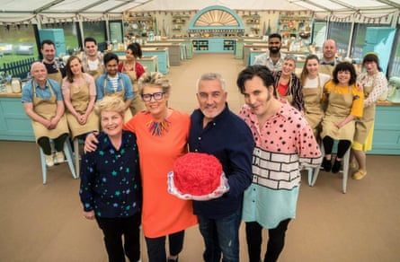 Sandi Toksvig, Prue Leith, Paul Hollywood and Noel Fielding with the contestants