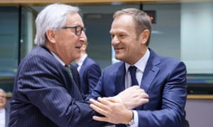 Jean-Claude Juncker (l) with Donald Tusk