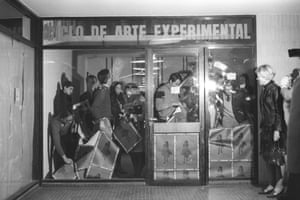 Graciela Carnevale - Acción del encierro (Lock-up action), 1968.
