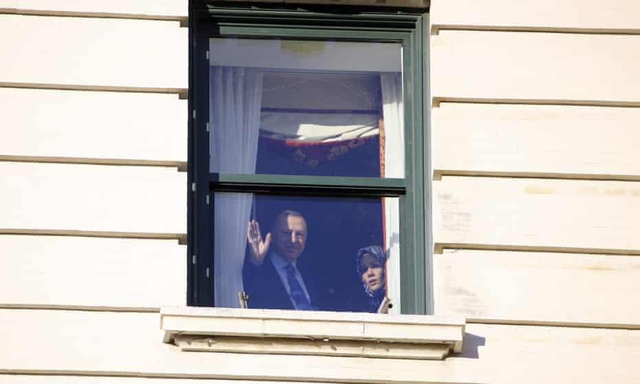 President of Turkey Erdogan arrives in WashingtonWASHINGTON, USA - NOVEMBER 12: President of Turkey, Recep Tayyip Erdogan (L) greets Turkish citizens waiting outside the Willard Hotel in Washington, United States on November 12, 2019. (Photo by Halil Sagirkaya/Anadolu Agency via Getty Images)