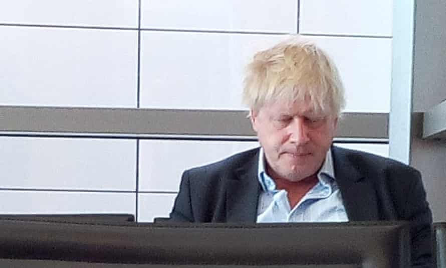 Fellow passengers at San Francesco d'Assisi airport described the then foreign secretary as looking 'like he slept in his clothes'.