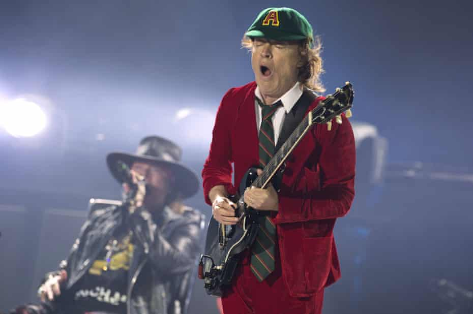 Axl Rose perfoms with Angus Young of AC/DC in Lisbon.
