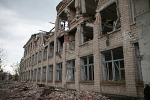 On 14 may 2015 in the village of Nikishino, in eastern Ukraine, only the ruins of school number 185 still stand