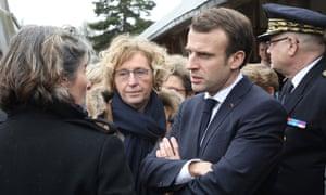 Emmanuel Macron and Labour minister Muriel Pénicaud meet teachers in an attempt to calm social unrest.