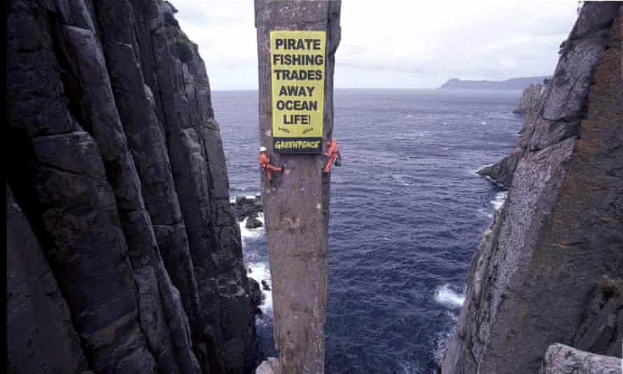 Environmental protests such as this one by Greenpeace Australia could see groups lose their charitable status under recommendations from a federal parliamentary inquiry.