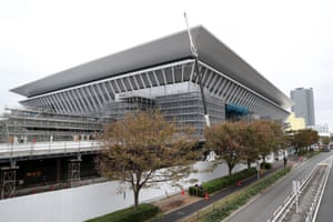 Construction continues on the Tokyo Aquatics Centre