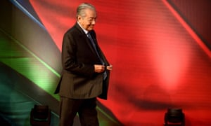 Mahathir Mohamad arrives to make keynote speech for the Apec summit in Port Moresby, Papua New Guinea.