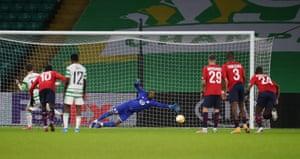 Callum McGregor dispatches the penalty.
