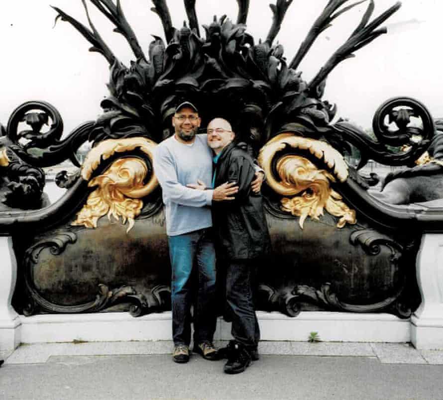 Warren and Kevin in Paris 2005