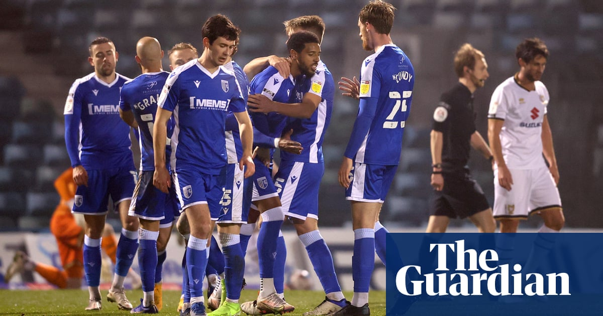 How did Gillingham become the only EFL club not to pay agents a penny? | Ben Fisher