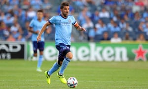 David Villa shows no signs of slowing down with age