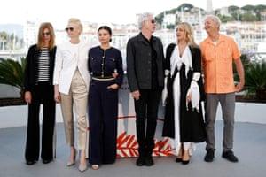 Sara Driver, Tilda Swinton, Selena Gomez, Jim Jarmusch, Chloë Sevigny and Bill Murray at a photocall for Jarmusch's The Dead Don't Die.