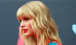 Jury to decide plagiarism claim … Taylor Swift.
