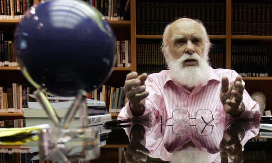 James Randi in 2007, in Florida, where his educational foundation is based.