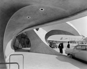 TWA TerminalTWA Terminal at Idlewild (now JFK) Airport. Eero Saarinen. New York, NY, 1962