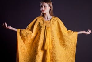 Golden Spider Silk Cape, by Simon Peers and Nicholas Godley, modelled by Bianca at the V&A in 2012.