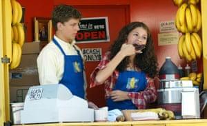 Michael Cera and Alia Shawkat in US TV series Arrested Development
