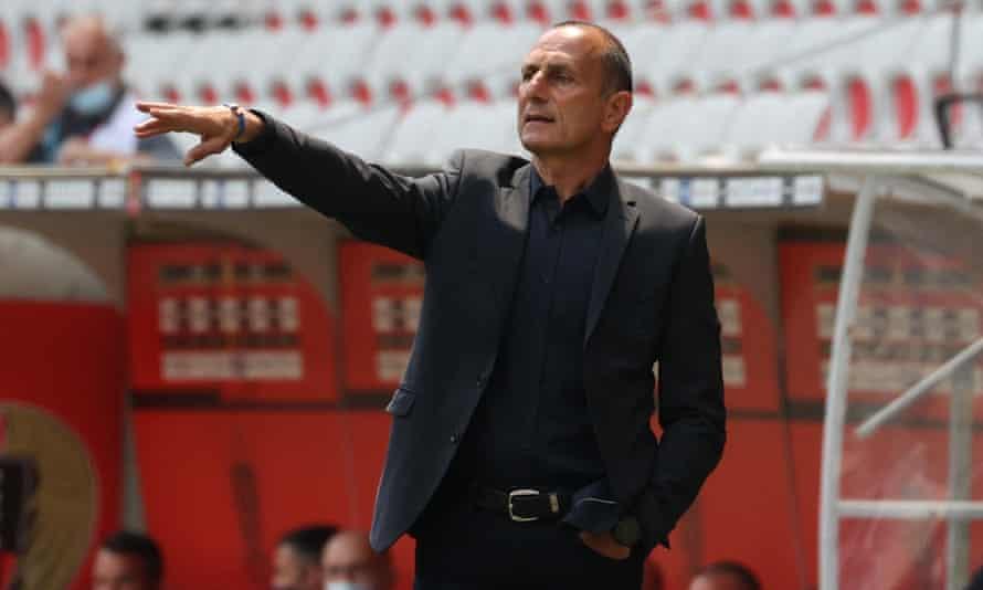 Michel Der Zakarian is leaving Montpellier.