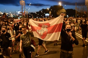 Opposition supporters protest after polls closed in Belarus' presidential election, in Minsk on 9 August, 2020.