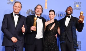 Viggo Mortensen, Peter Farrelly, Linda Cardellini and Mahershala Ali at the Golden Globes