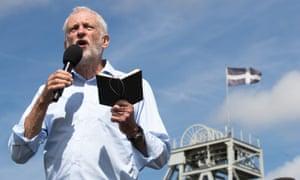 Jeremy Corbyn gives a speech in Redruth