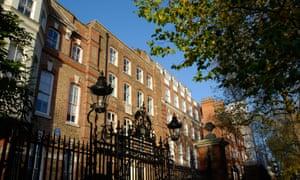 Grand terraced houses in Cheyne Walk, Chelsea.