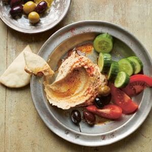Yasmin khans palestinian recipes hummus kefte and pomegranate hummus forumfinder Images