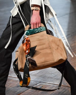 Bag being held by model in Off-White show