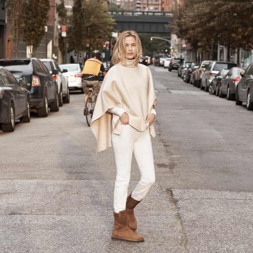 Model Carolyn Murphy wearing Ugg Australia boots on the street