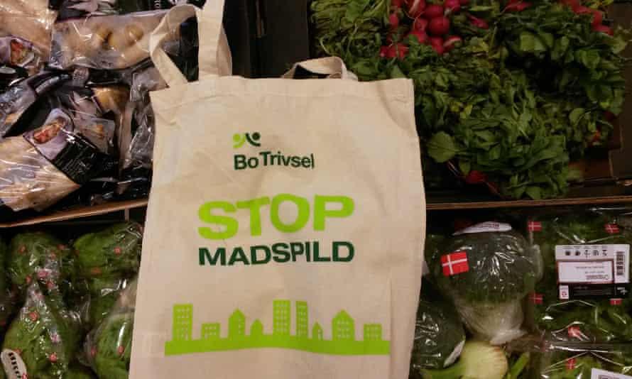 Bo Welfare food waste pop-up shop in Horsens