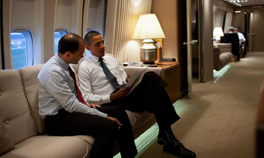 Ben Rhodes with Barack Obama on board Air Force One, 2011.