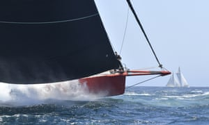 Supermaxi Comanche leaving Sydney Harbour on Wednesday