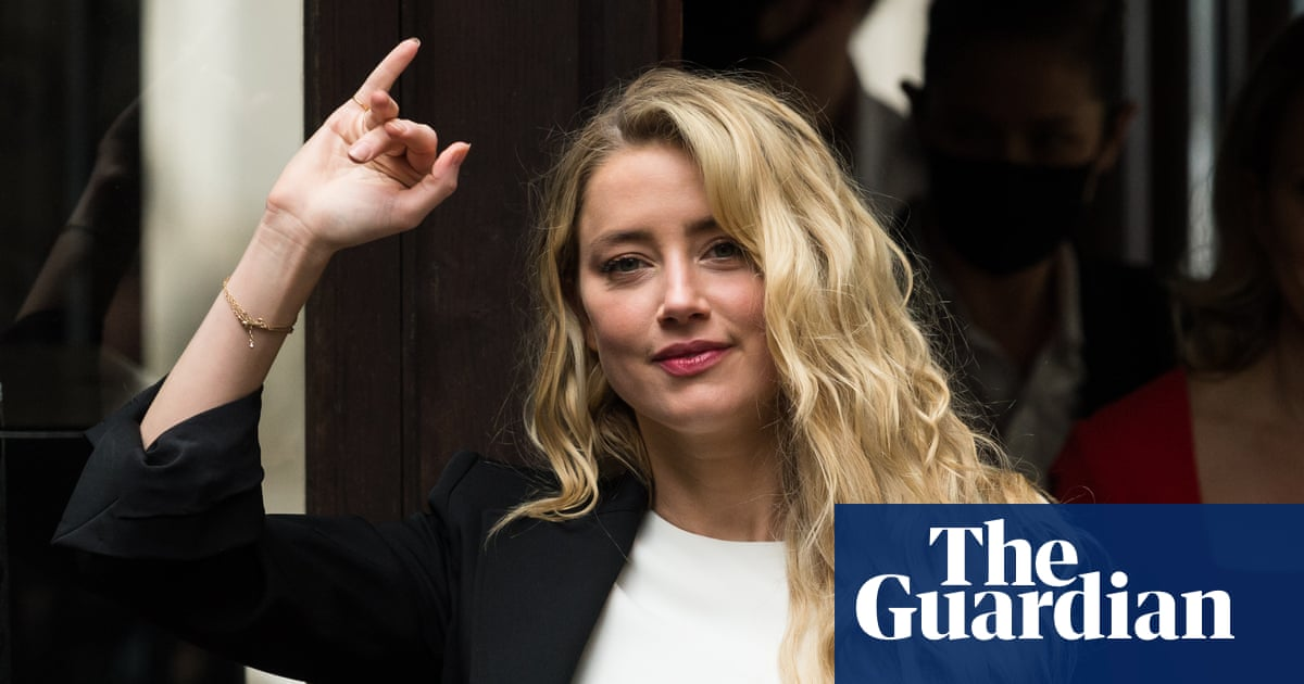 How Amber Heard stood alone against a Hollywood superstar