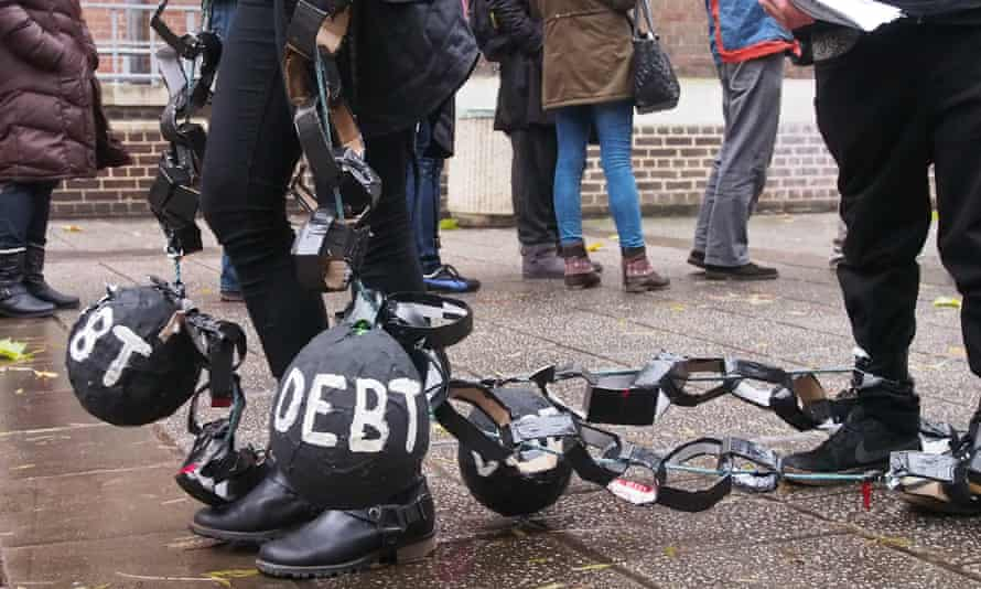 Students protest over government plans to sell off student loan debts in 2013