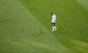France v Argentina: Round of 16 - 2018 FIFA World Cup Russia<br>KAZAN, RUSSIA - JUNE 30: Lionel Messi of Argentina looks dejected during the 2018 FIFA World Cup Russia Round of 16 match between France and Argentina at Kazan Arena on June 30, 2018 in Kazan, Russia. (Photo by Catherine Ivill/Getty Images)