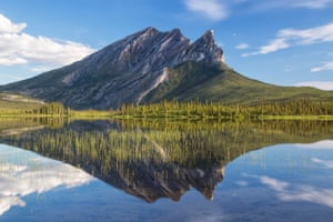 Sukakpak mountain seen from the Dalton Highway in northern Alaska
