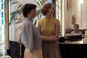 Marielle Heller as Alma and Anya Taylor-Joy as Beth