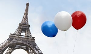 Balloons in the colors of the French flag, Eiffel Tower