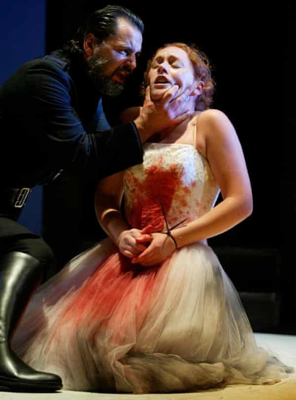 Theatre Babel perform Liz Lochhead's <em>Thebans</em> at the Edinburgh festival fringe in 2003.