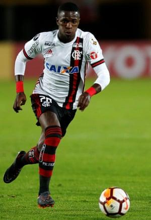 Vinícius Júnior has scored three goals in 27 league appearances for Flamengo.
