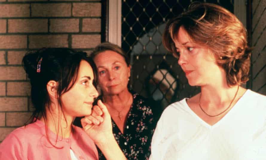 Pia Miranda, Elena Cotta and Greta Scacchi in Looking for Alibrandi.