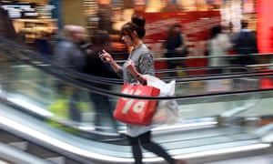 Shops can track you via your smartphone, privacy watchdog warns