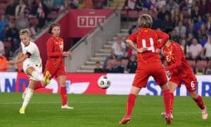 Beth Mead slams the ball home for England's eighth goal.