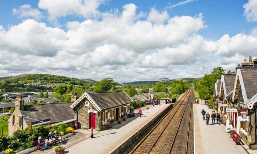 Settle railway station on a sunny day.