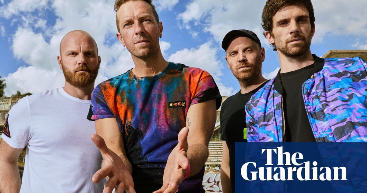 Coldplay pledge 50% lower CO2 emissions on 2022 world tour